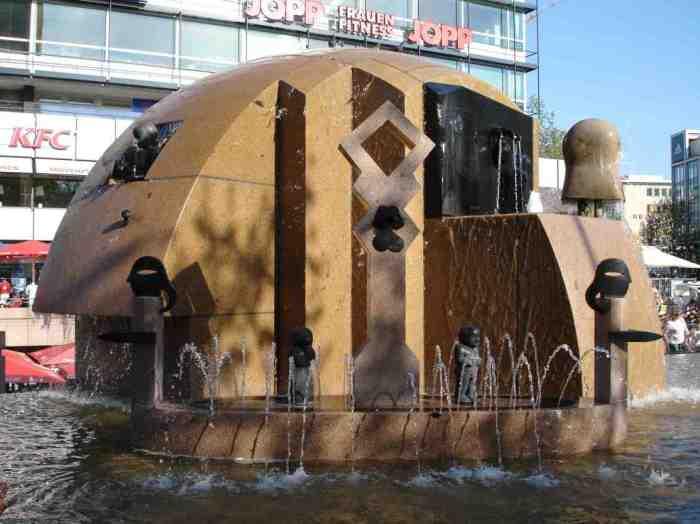 berlin_weltkugelbrunnen